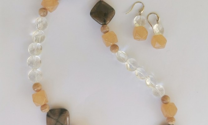 Apricot Necklace
