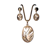 Mother of Pearl Gold Pendant