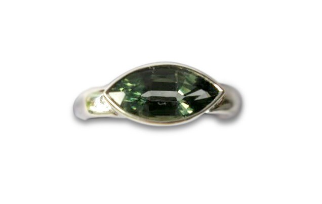 Parti-Coloured Marquise Sapphire Ring